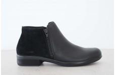 Helm - Black/Black suede